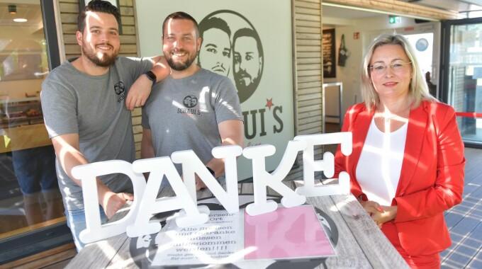 Schauerte-Brüder Starten In Ihrem Gütersloher Imbiss Aktion Zu Gunsten Junger Schlaganfall-Patienten